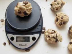 weighing bagels