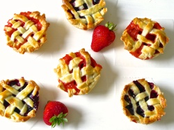 Strawberry and Blueberry Mini Pies